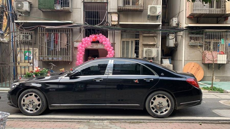 武汉租婚车就来大唐朝租豪华婚礼车队