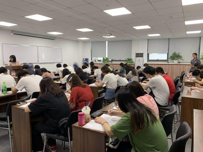 五年制专转本考试竞争力大吗,哪里有高通过率的辅导班